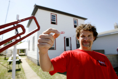 red paperclip house