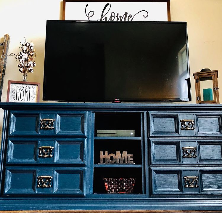 staging your furniture pictures